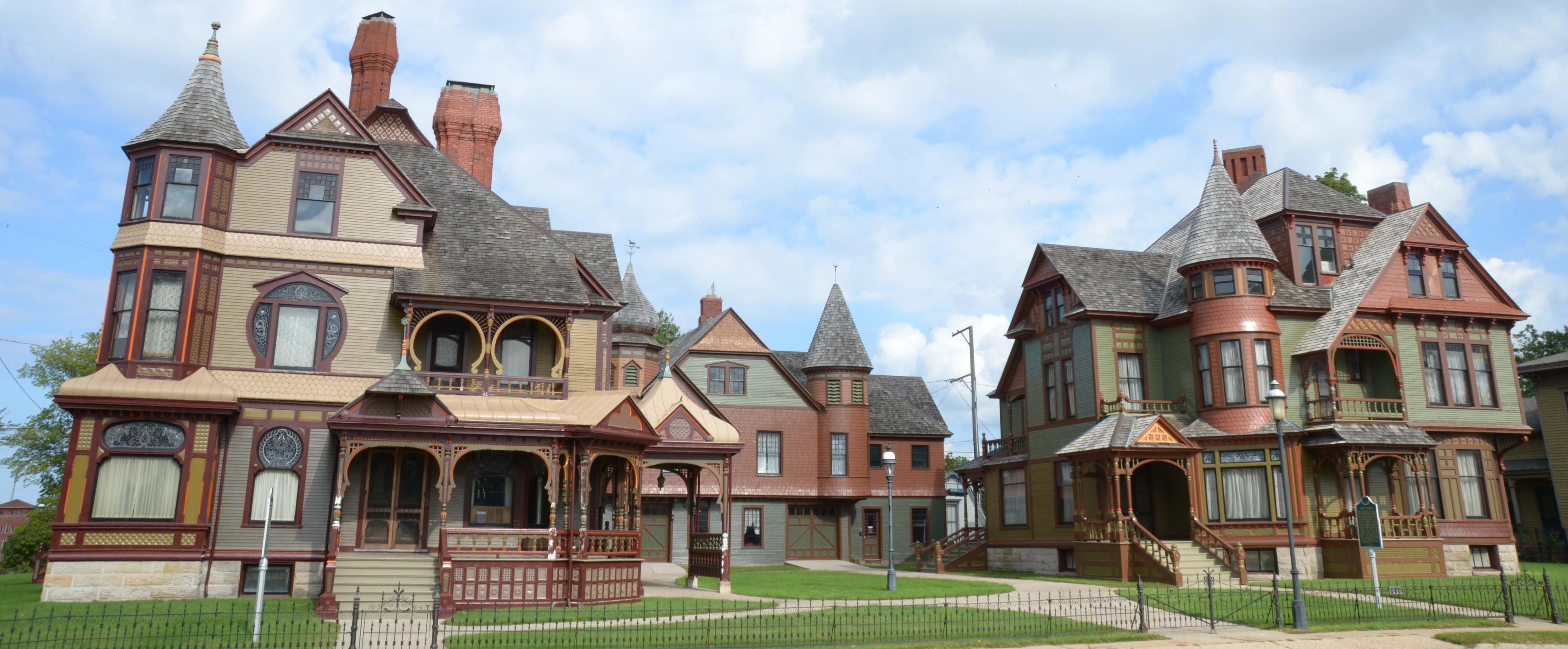 Hackley-and-Hume-Homes-Cropped-2